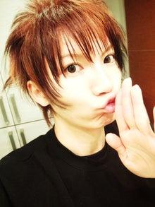 $sorakumuriのブログ-魅惑のキッス
