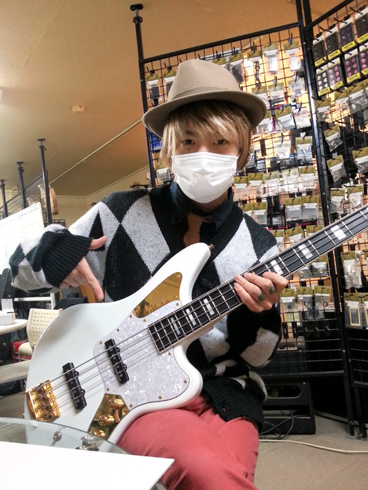 $COMBAT GUITARSBLOG