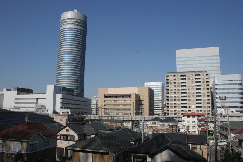 篠原城址のすぐ目の前は新横浜駅