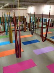 Hatha Yoga & Hammock Yoga ~Manami~-スタジオシンデレラ