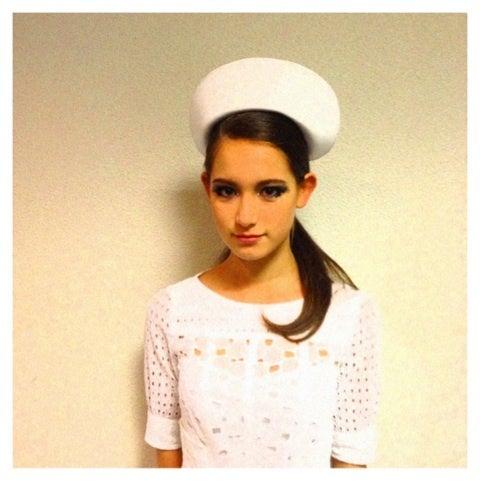 白色帽子のトラウデン直美
