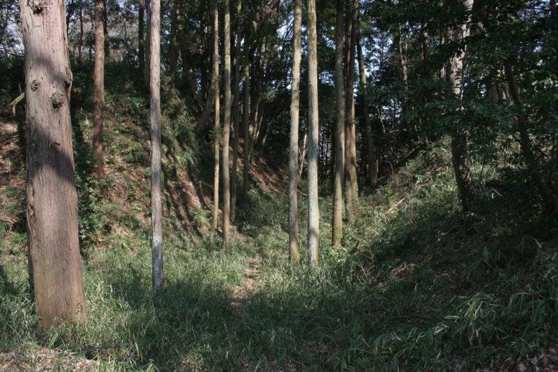 滝山城/二の丸と中の丸の堀切