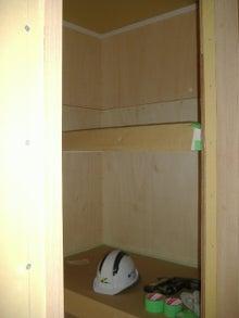 甘棠のブログ-反対側は布団棚