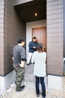 徳島県で家を建てるならサーロジック-玄関