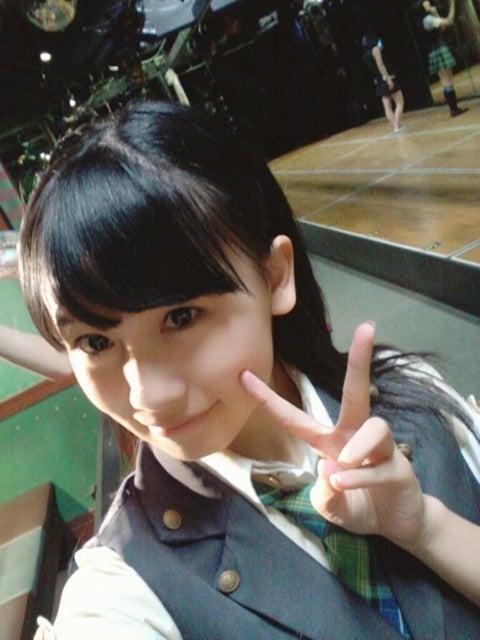 髪をおろしている小嶋真子