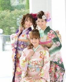 日本一の振袖グループ!京都きもの工房のブログ