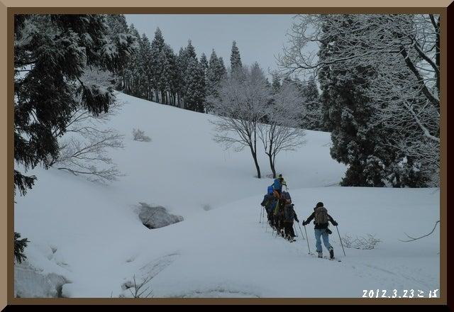 ロフトで綴る山と山スキー-0323_0800