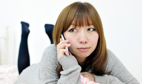 がけっぷち恋愛&人生相談室-女性の写真