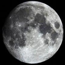 満月です…が。