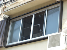 網戸のある窓