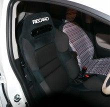 パパネコのスポーツカーは楽し!新型ミラージュにレカロシートをつける