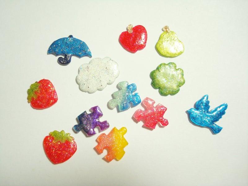 プラバン&レジンのパーツ色々作りました|colors color ~ハンドメイドアクセサリー・雑貨 制作&販売 奮闘記~