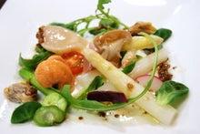 アスパラと貝類のサラダ