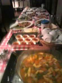 $レストラン アンフィートリヨン 厨房ですよ!!