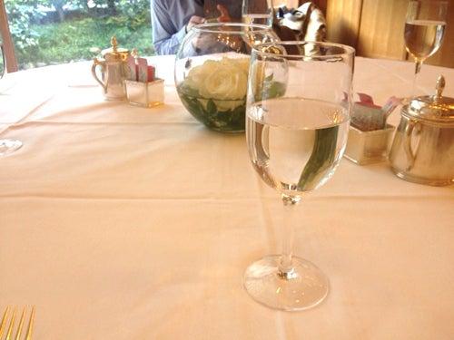 むーさんブログ-丸テーブル