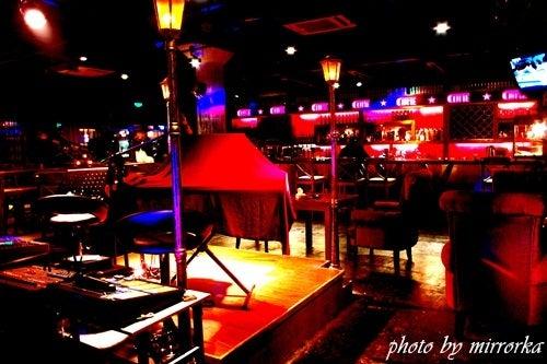 中国大連生活・観光旅行ニュース**-大連 15庫 COME music bar