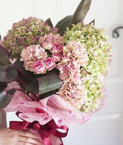$【大きな花束*母の日ギフト】フラワーショップ 辰花Tatubana