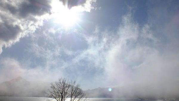 20130421中禅寺湖上空の霧のショー②