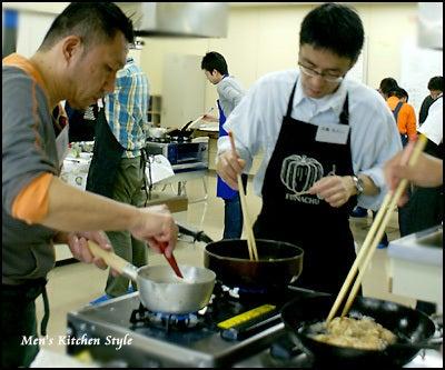 男の料理教室【メンズ・キッチン】メンズ・キッチンスタイリストYOKO(福本陽子)-男の料理教室 メンズキッチン 満席・男の定食!