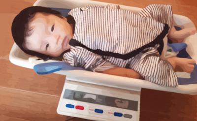 赤ちゃん:体重測定