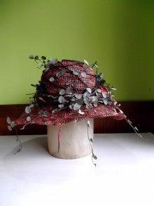 帽子作家:吉田インコ