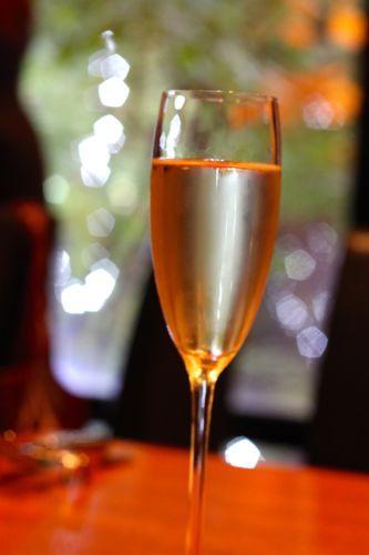 みさきのゑHAPPYになるブログ-シャンパン