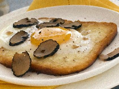【彼女の恋した南イタリア】 - diario  イタリアリゾート最新情報    -なぞなぞの正解は・・・パン(もしくは卵)でした。