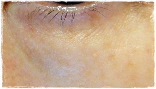 フィトリフト口コミ、ふきとり化粧水から始まるエイジングケア-フィトリフト使用後の目元