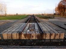 アウシュヴィッツ強制収容所 ユダヤ人の追悼