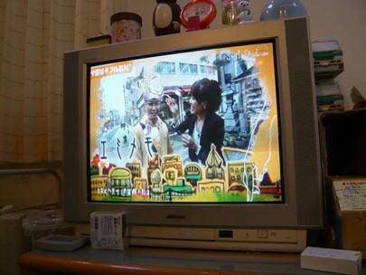 スマイルスタジアムNSTで中田エミリーさんと共に出演する新潟の魔法の名刺屋