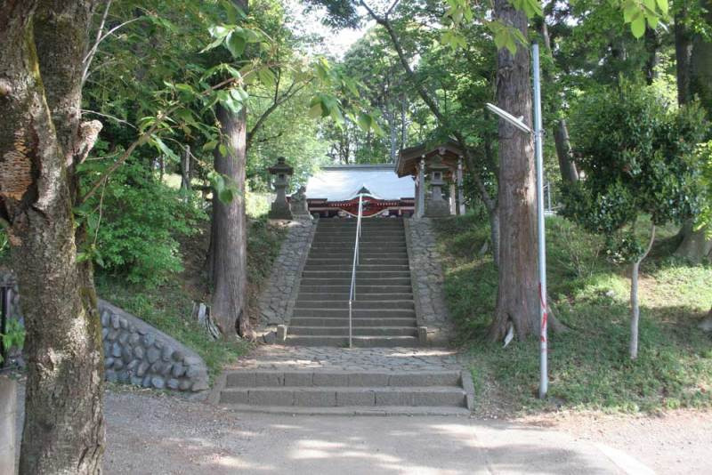 梶原氏館/八幡神社の前