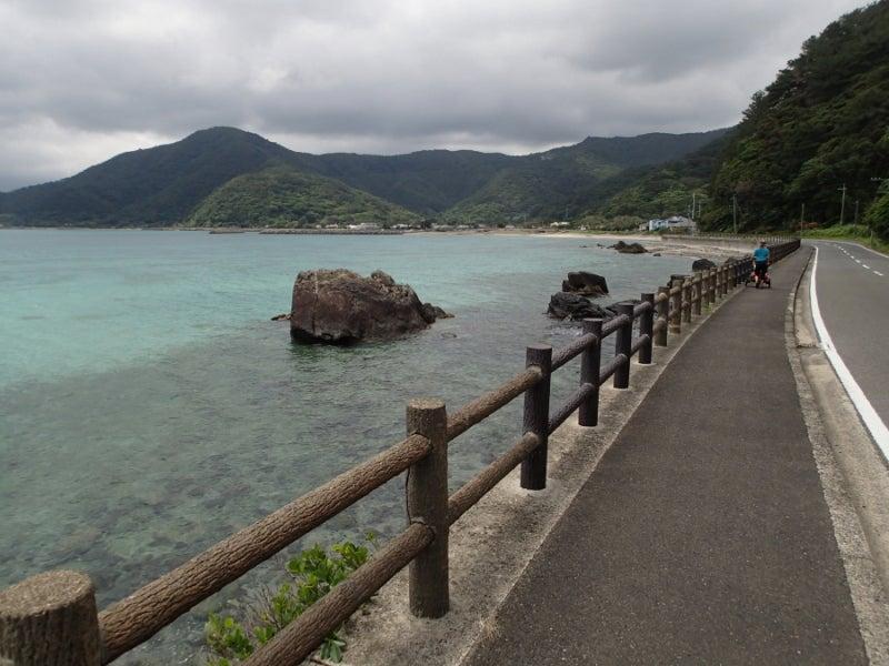 歩き人ふみの徒歩世界旅行 日本・台湾編-笠利湾を歩く