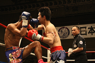 新日本キックボクシング協会-拳士浪vsサック・モンコン・96ピーナン