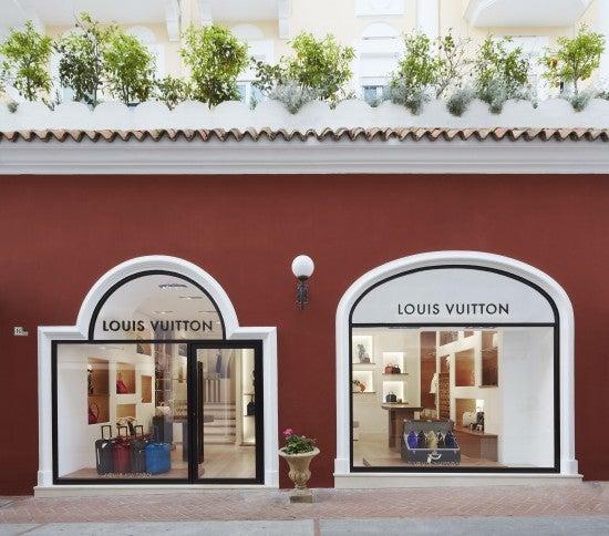 【彼女の恋した南イタリア】 - diario  イタリアリゾート最新情報    -カプリ島 シャネルがヴィトンに
