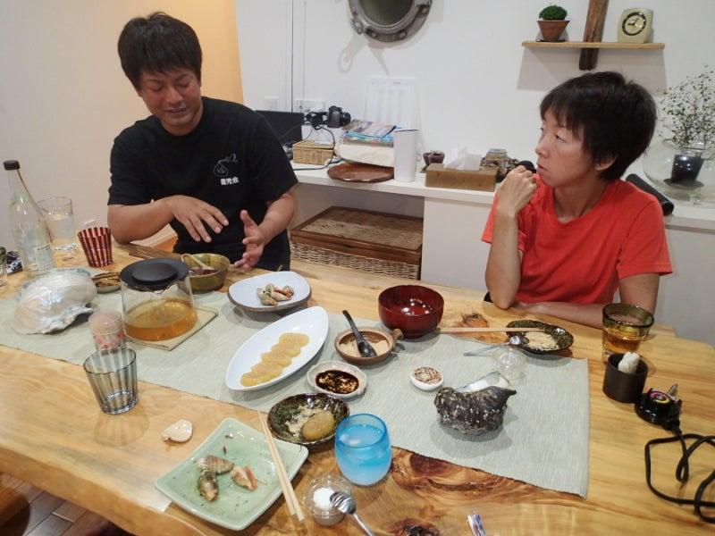 歩き人ふみの徒歩世界旅行 日本・台湾編-食事中