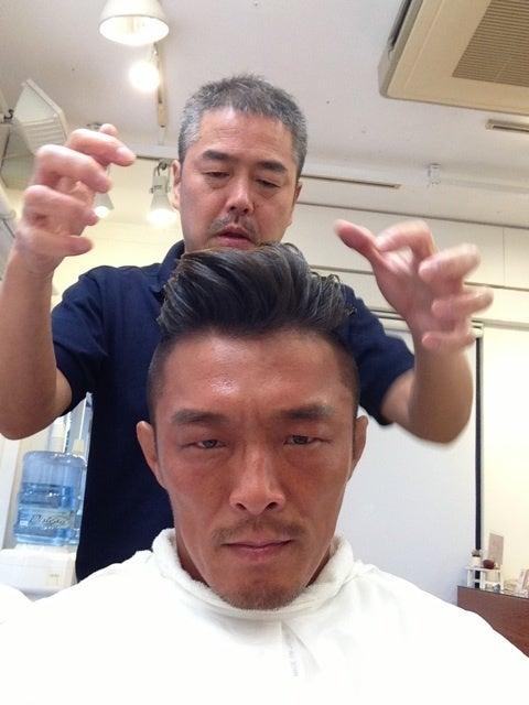 最新のヘアスタイル ビター 雑誌 髪型  秋山成勲 オフィシャルブログ .