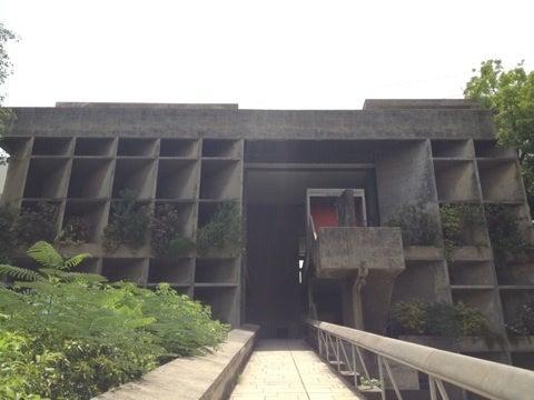 ル・コルビジェの建築を見にアーメダバードへ