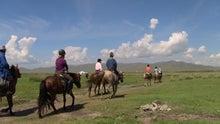 モンゴルで働くジャーナリストのblog-ホリデー ホリデイ乗馬 中上級者