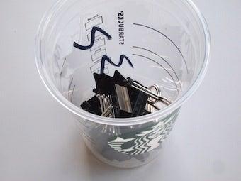 青い雑貨の店&食器棚のナカミのお店・店長のひきだしの中-スタバのカップ 2