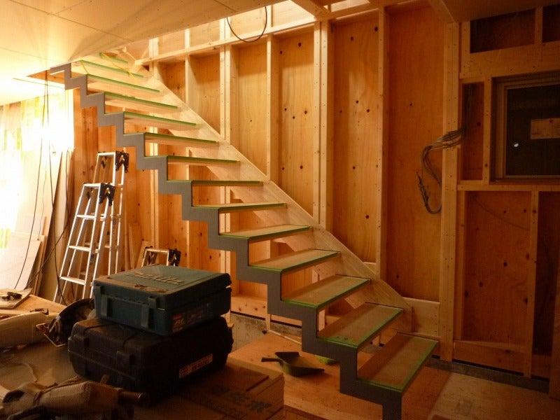 「建築家のデザインする家」~住まいと暮らしとクルマのぶろぐ~-階段