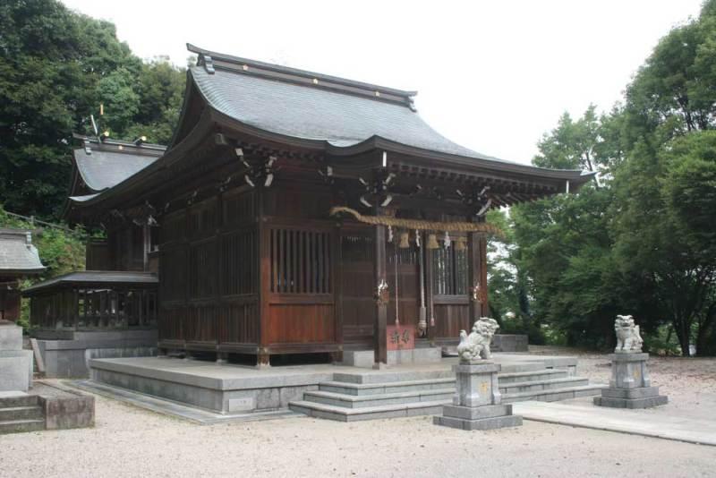 丸山城/御霊神社社殿