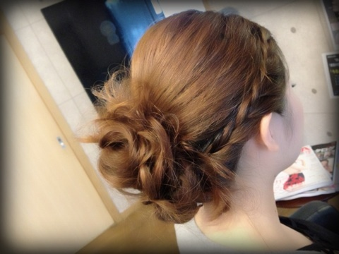 結婚式 二次会 髪型 ダウンスタイル