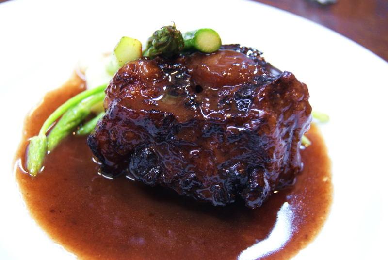 牛テール肉のブレゼ
