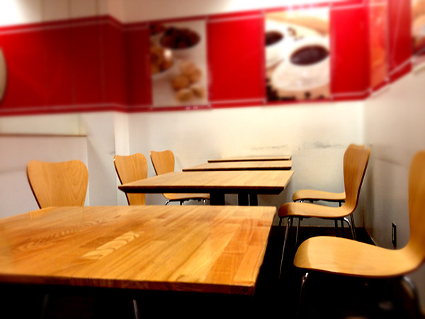 Pancakeholicのブログ-らぽっぽ店内