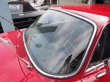 アルファロメオ専門店 デルオート日記のブログ-1970y 1300ジュニアフロントガラス