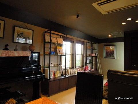 日本一オシャレなサクラスポット中目黒Saraswatiで、雑貨とカフェとエステを通じて愛と健康と潤いをお届けしています。