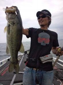 琵琶湖プロガイド 小南 悠のブログ-DCF00169.jpg