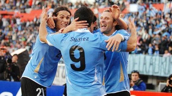 スアレス フォルラン サッカー ウルグアイ コンフェデレーションズカップ 準決勝