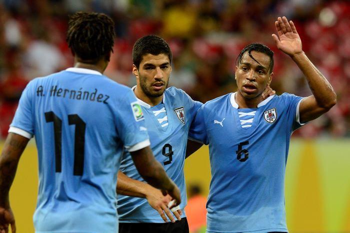 サッカー ウルグアイ コンフェデレーションズカップ 準決勝
