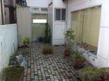 筑紫郡那珂川町 とある美容室のblog-改装前のテラス。